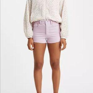 Levis Women's Ribcage shorts-lavender size 29